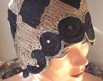 1920s Original Black / Taupe Straw Braid Medallions Helmet Style Cloche Item #155