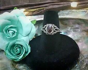 Beautiful Vintage Garnet Ring Sz 6, Boho Bohemian, Sterling Silver
