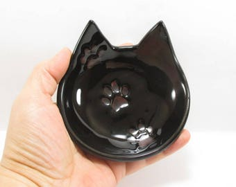 Cat dish, ring bowl, spoon rest, jewelry holder, tea light holder, tea bag rest, ceramic dish, black cat dish, key holder, cat lovers gift