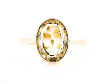 Antique Citrine 9ct Ring, Light Yellow Bezel Set Single Stone Citrine Ring. Circa 1890s, 9k.