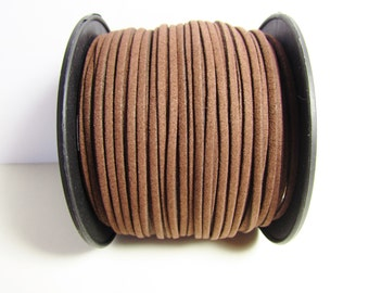 D-02683 - 2 m  Faux suede cord chocolate