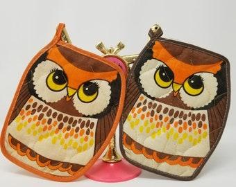 1970s Matching Vintage Orange and Brown Owl Pot Holder set of 2