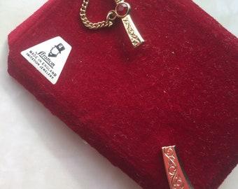Vintage 1950s stratton sword tie bar clip