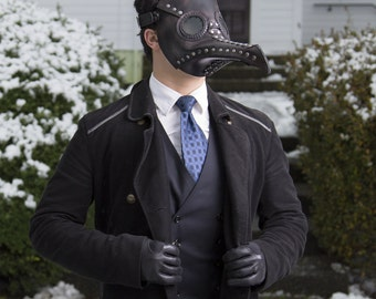 Plague Doctor Mask, Black leather - raven mask - steampunk inspired doctor's costume