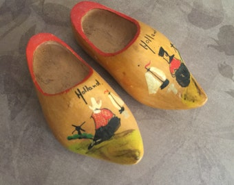 Unfinished Miniature Wooden Doll Clogs 5 inches