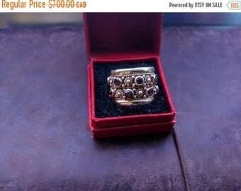 ON SALE Vintage Gold and Garnet Ring