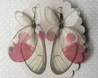 Je vais Fly Away - Organza de soie fait à la main Cithaeria Merolina rose papillon ailes boucles d'oreilles