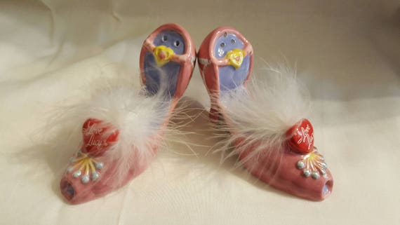 I Love Lucy Salt and Pepper Shakers, Pink Shoe Set with Feathers
