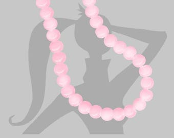 set of 25 beads 6mm opaque glass with light pink tye and dye effect