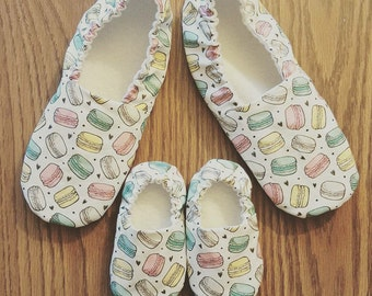 Mommy & Me Moccs, Macaron / Baby Moccs / Sibling Moccs / Baby Moccasins / Mommy and Me / Mother Daughter / Mother Son / Waldorf  Montessori