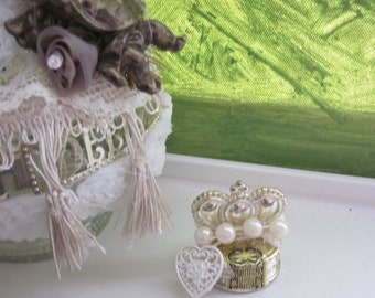 WEDDING DECANTER  Recycled Bridal Table Display