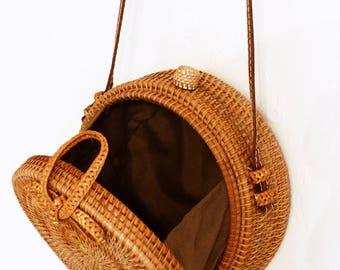 Boho Style bag round rattan and straw,
