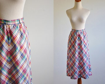 Vintage Madras Plaid Skirt, 70s Skirt, 80s Skirt,  Preppy Skirt, Summer Skirt, Flared Skirt, A Line Skirt, Plaid Skirt, Waist 27 Medium