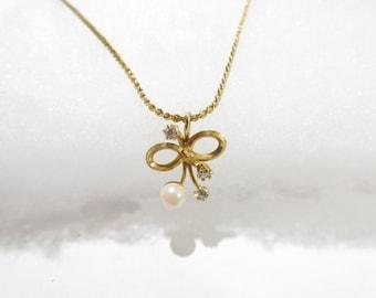 Beautiful 12K GF Genuine Pearl / Bow / Ribbon Necklace