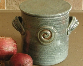 Sauerkraut/ Pickle/ Ferment/ Kimchi Lidded Crock with Weight - approx 1 quart - Dark Blue with Spiral Stamp