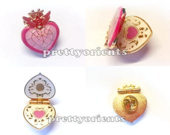 Sailor Moon Enamel Pin (Chibimoon compact style, can be opened, sailormoon, cosplay)