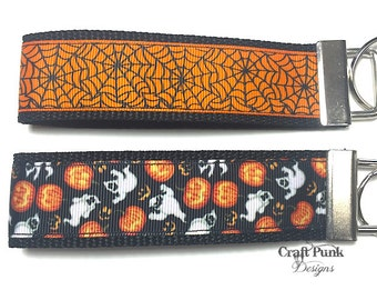 Spider Web, Pumpkins and Ghosts, Keychain, Keychain Wristlet, Halloween, Horror Keychain, Goth