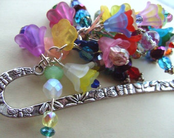 I love to READ, Over the Rainbow, BOOKMARK, Secret garden, mix colours, By NewellsJewels on etsy