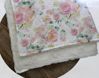Soft Baby Blanket, Organic Cotton and Minky Blanket, Pram Blanket, Soft Baby Blanket, Receiving Blanket, Pretty floral design, Baby Girl
