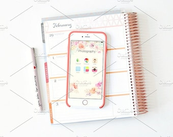 Styled Stock Photo | Phone On Planner | Blog stock photo, stock image, stock photography, blog photography