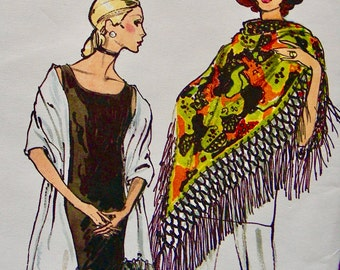UNCUT * Vintage  Vogue Pattern 8038  - GLAMOROUS  Misses' Scarf, Stole and Shawl  // One Size