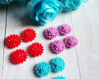 Set of 12 resin flower appliques