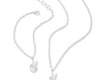 Emoji® Peace Sign Necklace & Bracelet Set