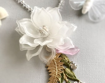 flower statement necklace white rose assemblage jewelry charm necklace summer wedding vintage style floral romantic feminine FROSTED ROSE