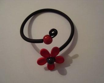 Bracelet original black and red flower