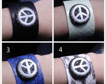 Women Leather Bracelet,Leather Band Bracelet,Fashion Cuff Bracelet,Chic Bangle Bracelet For Woman Birthday Gift For Her Friends Gift