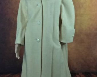 Mid Century Soft Yellow Coat by Jacks//Market at Beaver York, Pa//1950's 1960's Style//Rockabilly//Mod Swing Coat//Jackie O//Light Yellow//