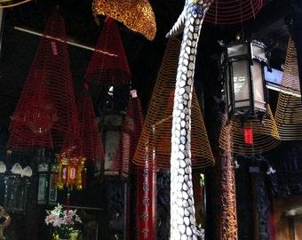 Fotografia di viaggio originale, Thien Hau Pagoda, Ho Chi Minh City, Vietnam 18 x 24 cm (7,08''x 9,44'')