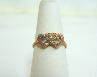 Womens Vintage Estate 10K Yellow Gold Heart Ring 1.6g E3568
