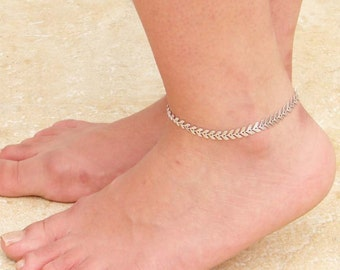 Textured Silver Chevron Anklet ~ Arrow Anklet ~ Fishbone Anklet ~ Foot Jewelry ~ Summer Jewelry ~ Bridesmaid Gift ~ Beach Wedding