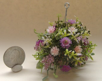 Dollhouse Miniature Hanging Basket one inch scale