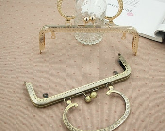 1 PCS, 20cm / 8 Inch Sew In Solid Squared Golden / Bronze Kiss Clasp Lock Purse Frame with Vintage Half Circle