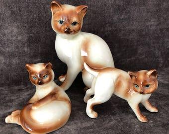 Vintage siamese kitty cat trio set of three lot figurine collection.