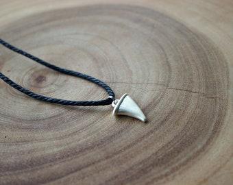 Men's Shark Tooth Necklace / Men's Necklace / Men's shark necklace