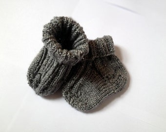 Warm Hand Knitted Grey Newborn Baby Socks. Various sizes available