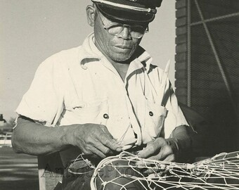 Hawaii old fisherman w fishing net antique photo