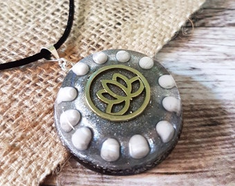 Howlite Orgone Energy Pendant - Lightworker and Empath Jewellery - Orgone Necklace - Positive Energy - Lotus - OOAK - Large