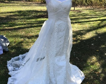 Vintage Custome made wedding dress