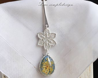 Leisure time,Silver Flower  bookmark,Unique gift for sisters, for best friends or for yourself to keep,delicate, chic
