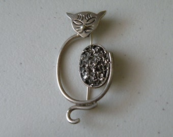 Mexican sterling silver 925 cat brooch, pin. Taxco.