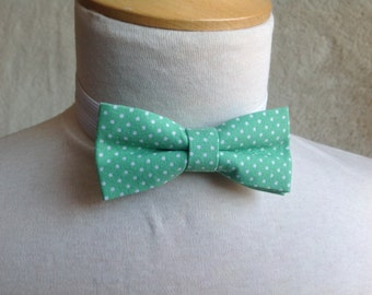 Green and white dot bow tie for children