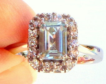 Sz 6, Solid 10K White Gold Ring, 1.56ctw Aquamarine and White Sapphire, Sweetheart Gift, Engagement Ring, Promise Ring