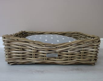 Medium Luxury Wicker Dog Basket With or Without Cushion Inner