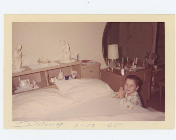 Vintage Snapshot Photo: Danny Saying His Prayers, 1965 (74567)