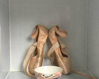 BALLET Bowl, Hand-Painted Porcelain Decorative Art Bowl, for Dance Accessories, Gift idea for Dancers