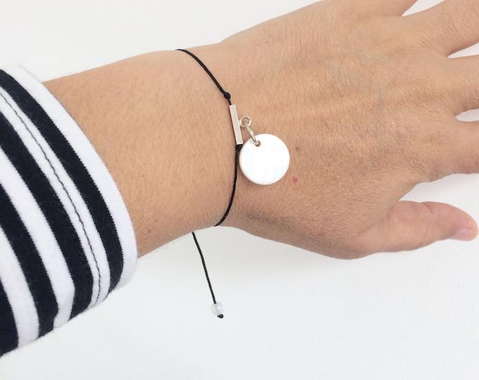 Charm bracelet silver - mother of pearl charm bracelet - simple bracelet - circle bracelet - adjustable beaded bracelet - woman bracelet